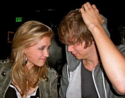 Tony Oller And Girlfriend Emily Osment Y Tony Oller: