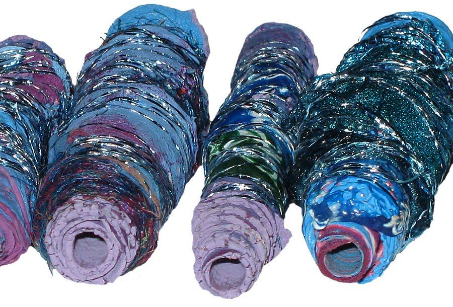 [blue+purple+beads+detail.jpg]