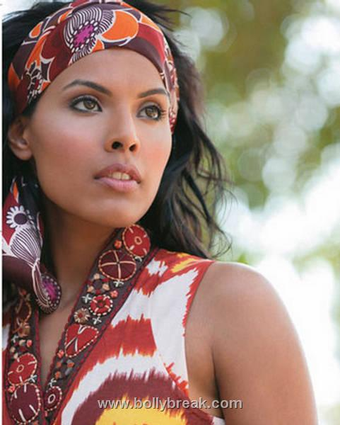 , Kingfisher Model Deepti Gujral Hot Photoshoot