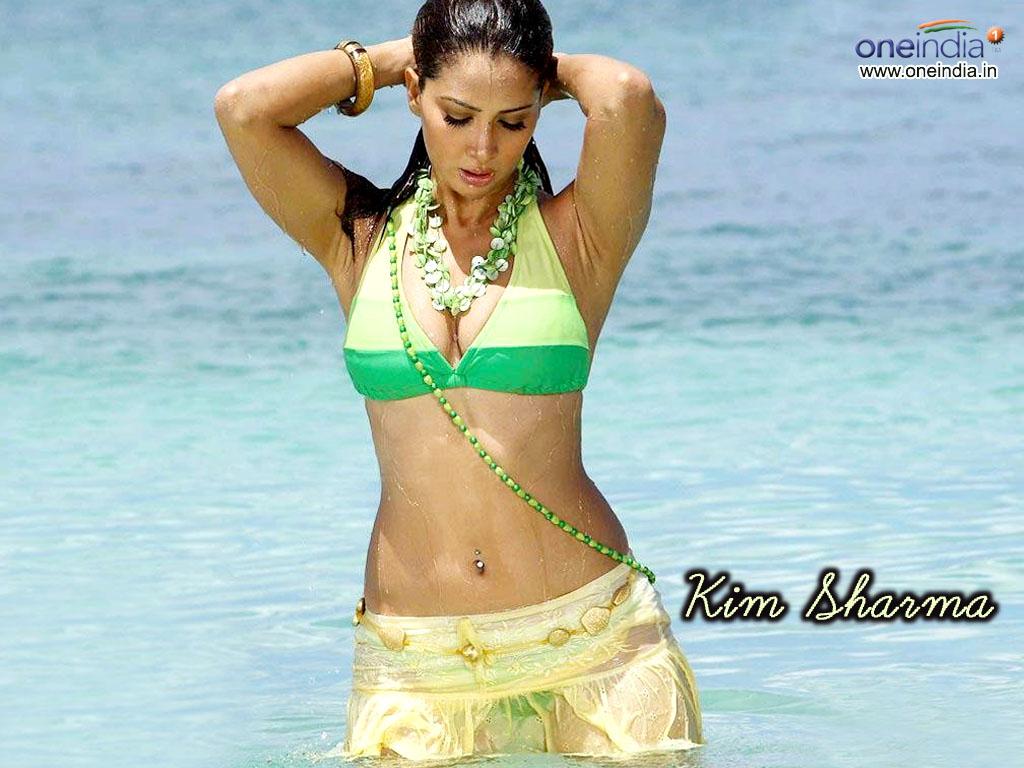 , Kim Sharma Sexiest Wallpapers