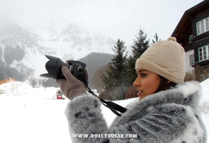 , Ileana D'Cruz Hot Real Life Pics