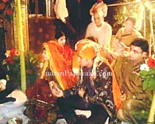 Dhoni Sakshi Marriage Pics