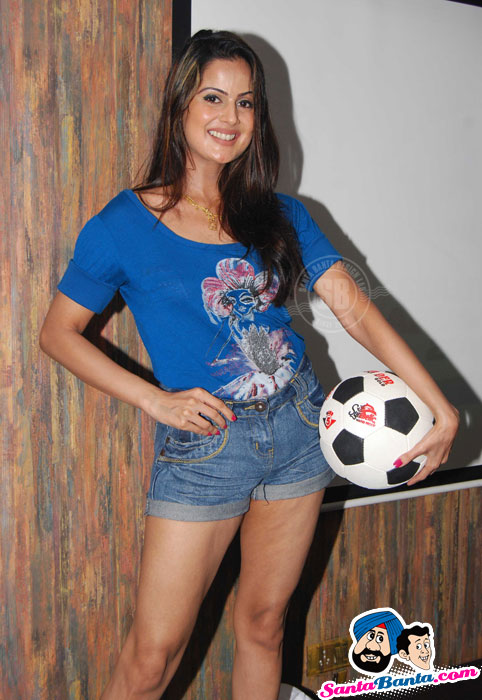 Nandini Sen is Back!! at Shifanjali Shekhar Soccer Bash
