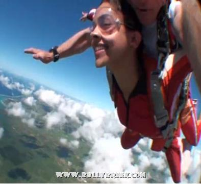 Deepika Padukone Sky Diving Video - Awesome