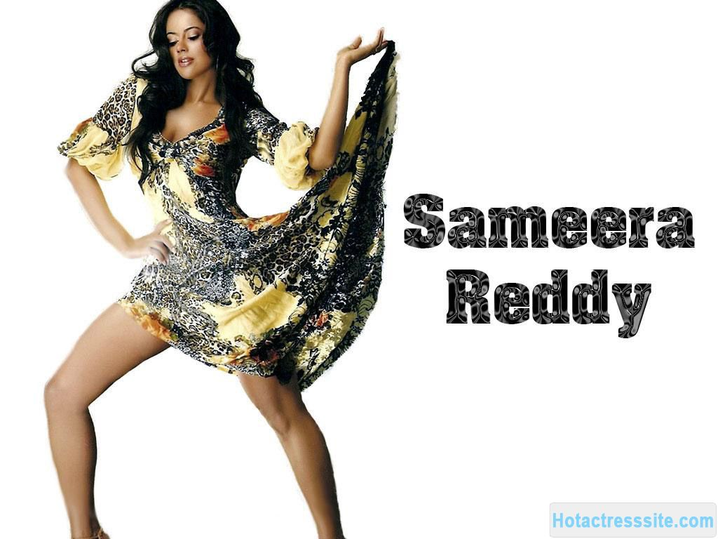 , Spicy Bomb Sameera Reddy Hot Wallpaper