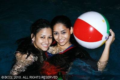 Pool Party Pics from Aqua Park Delhi, Calcutta