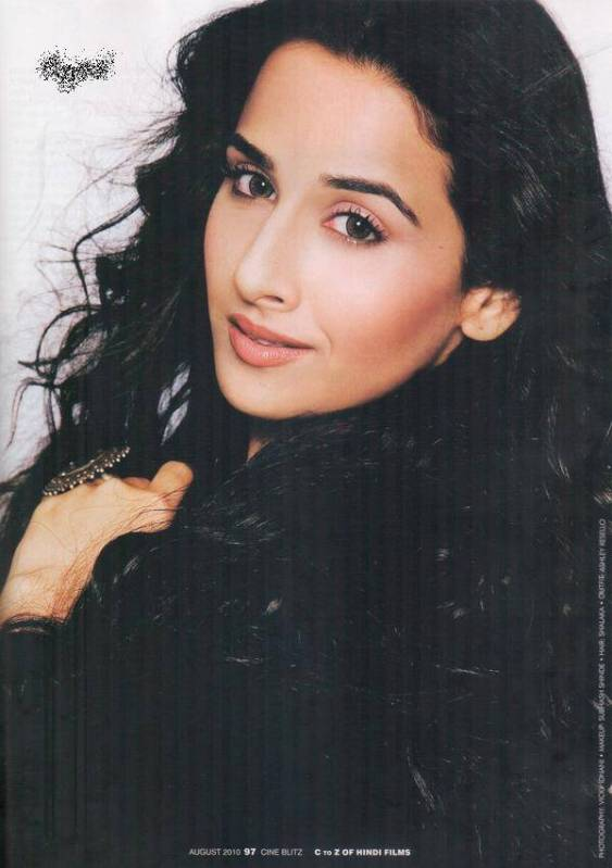  Vidya Balan Sexy Cineblitz Scans in Black