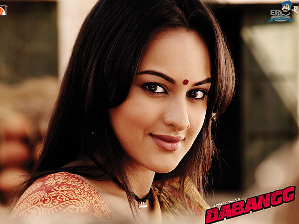 Sonakshi Sinha - The Sexy Dabangg Girl Wallpapers