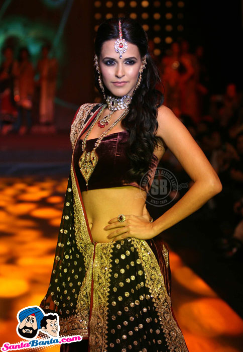 Gitanjali Bollywood Night - Neha Dhupia, Bipasha Basu, Urvashi Sharma
