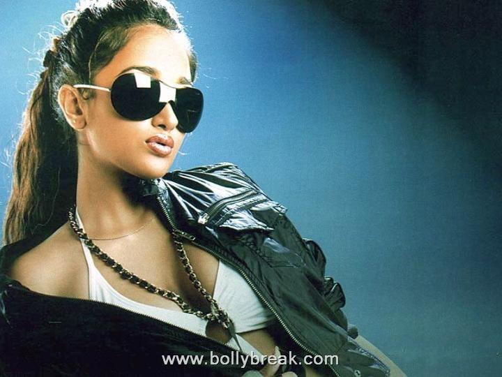 , Jiah Khan Hot Pics