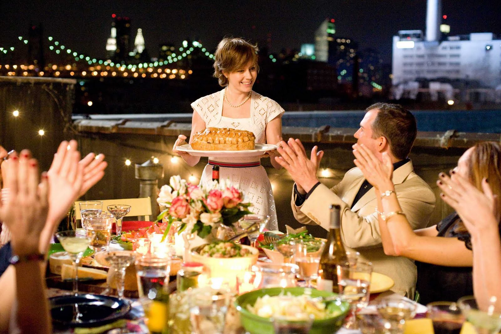 Секс за праздничным столом 23 фотография