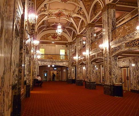photo chicago palace theater renamed cadillac palace 151 w. Cars Review. Best American Auto & Cars Review