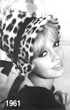 E Deus criou Brigitte Bardott.