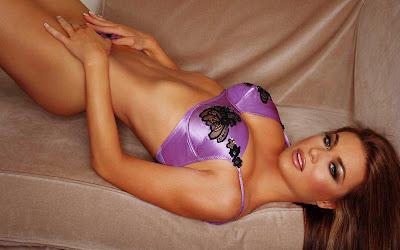 celebrity bikini babe