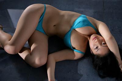 Hiroko Sato bikini photo 1