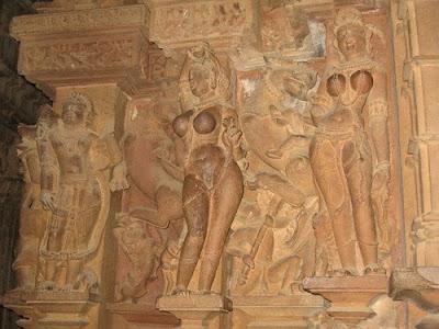 Sculpture at Lakshman Temple, Khajuraho 9