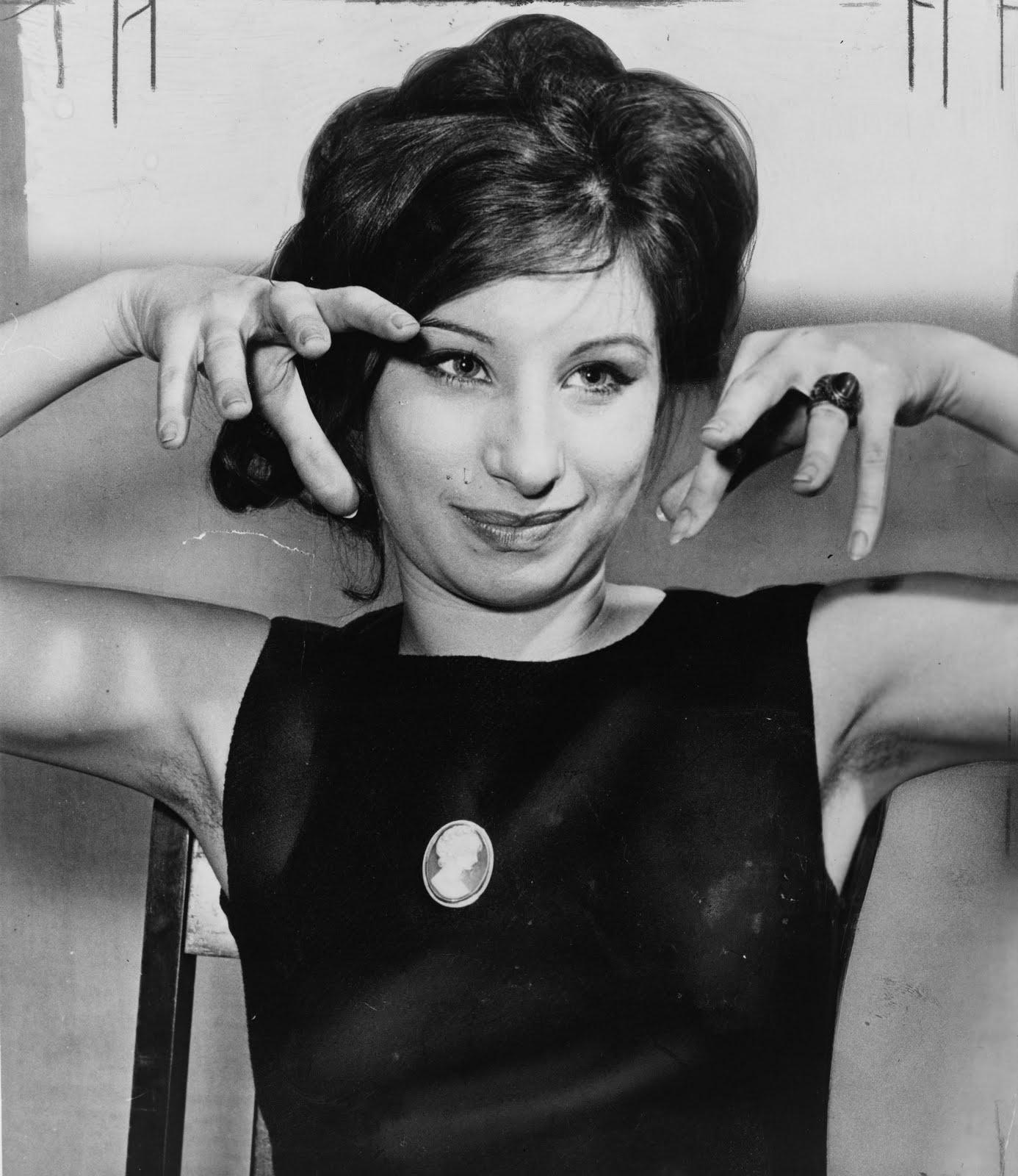 http://3.bp.blogspot.com/_Nuta_CQvImI/TET_cjACxgI/AAAAAAAACg0/cdzTwp34nYk/s1600/Barbra-Streisand-Funny-Girl-1962.jpg