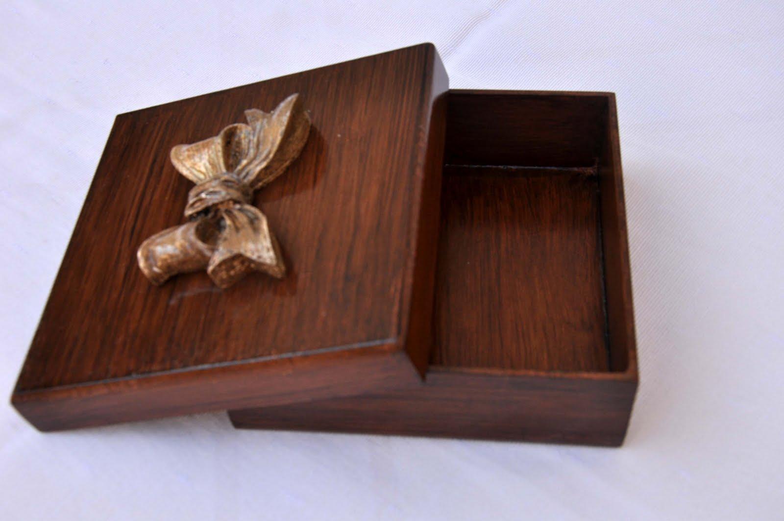 #3B1E16 Blog da Márcia Storti: Caixas para presentes 1600x1063 px caixas de madeira para hortaliças @ bernauer.info Móveis Antigos Novos E Usados Online