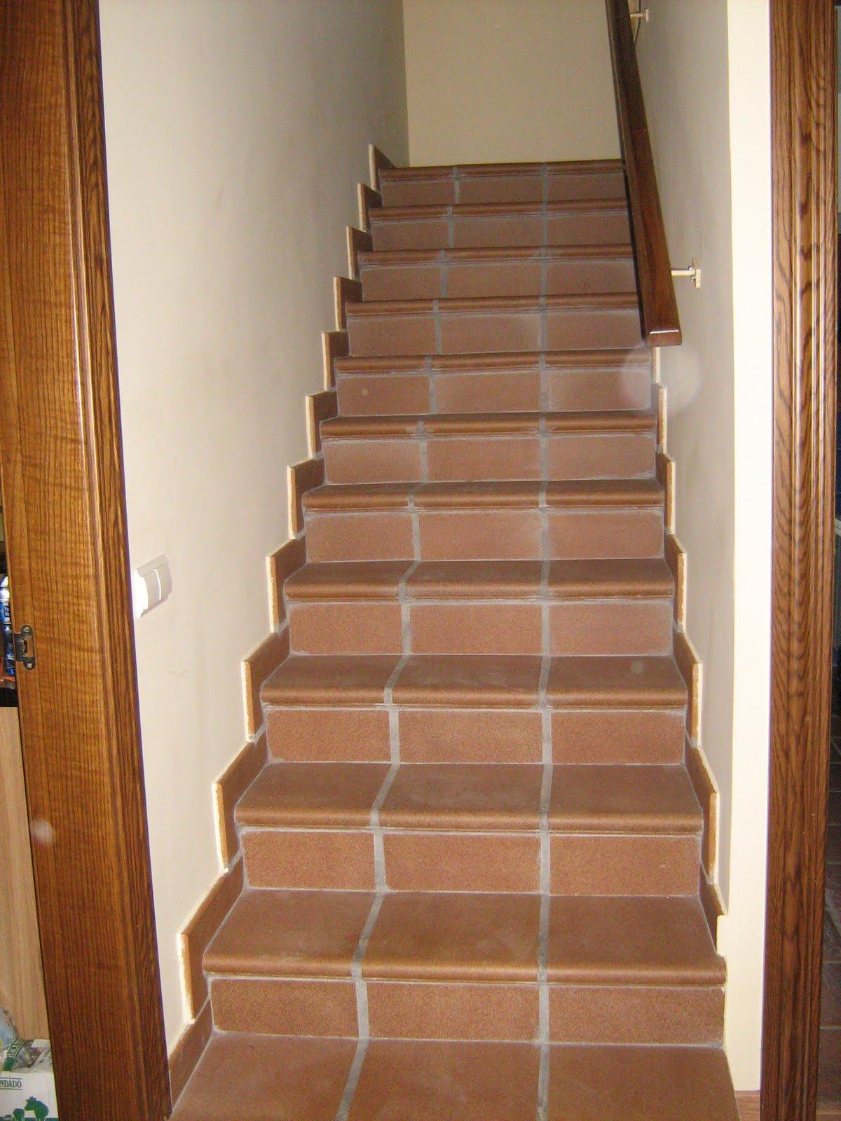 Vendo casa en alfajar n - Gres para escaleras ...