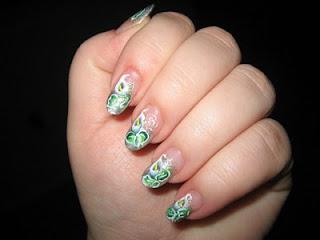 Unique Calla Lillies Manicure-2