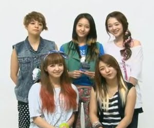 F(x)+Greets+their+Filipino+Fans.jpg