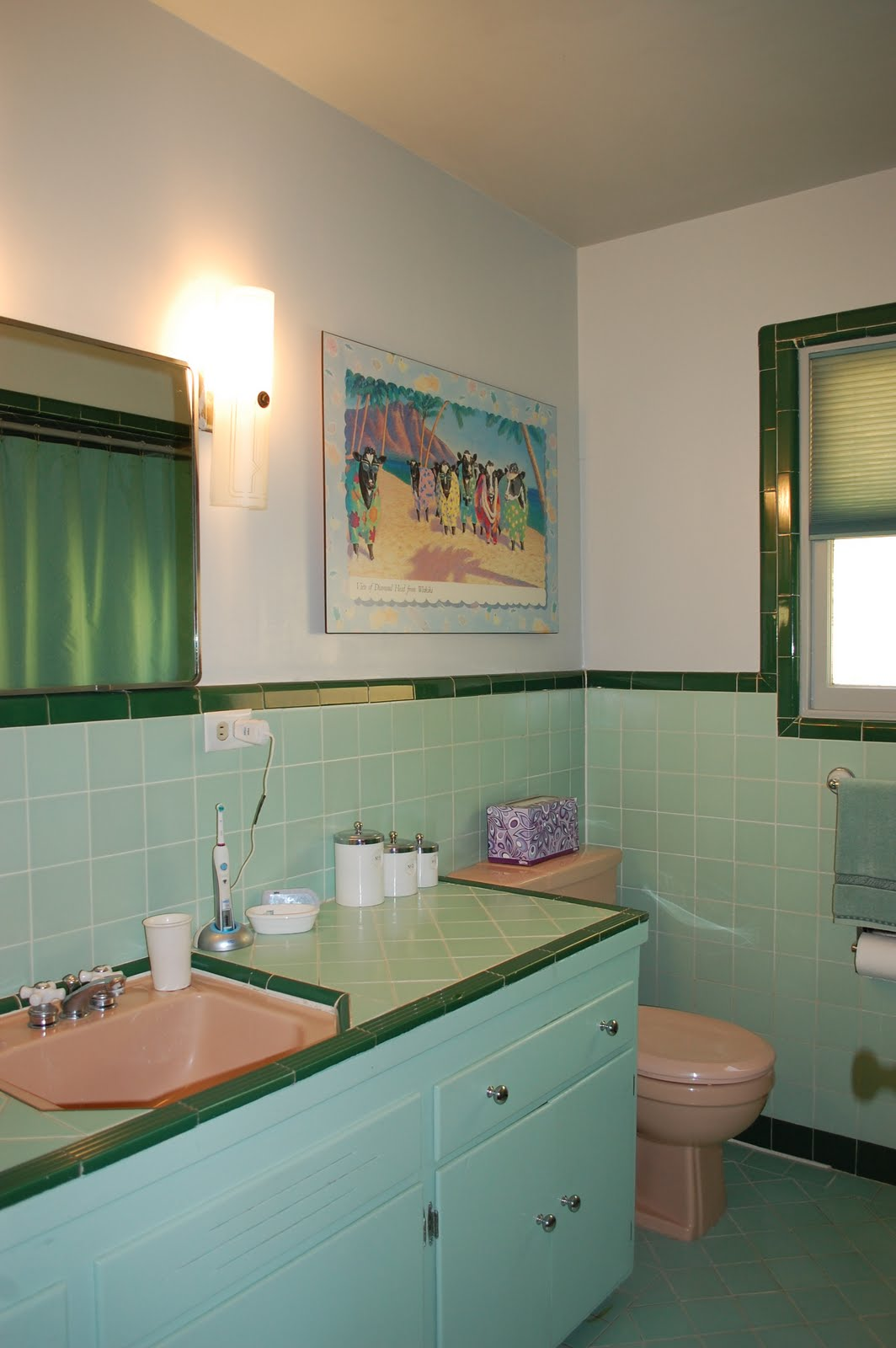 Color marie in praise of 1950 39 s bathrooms for Toilet and bath