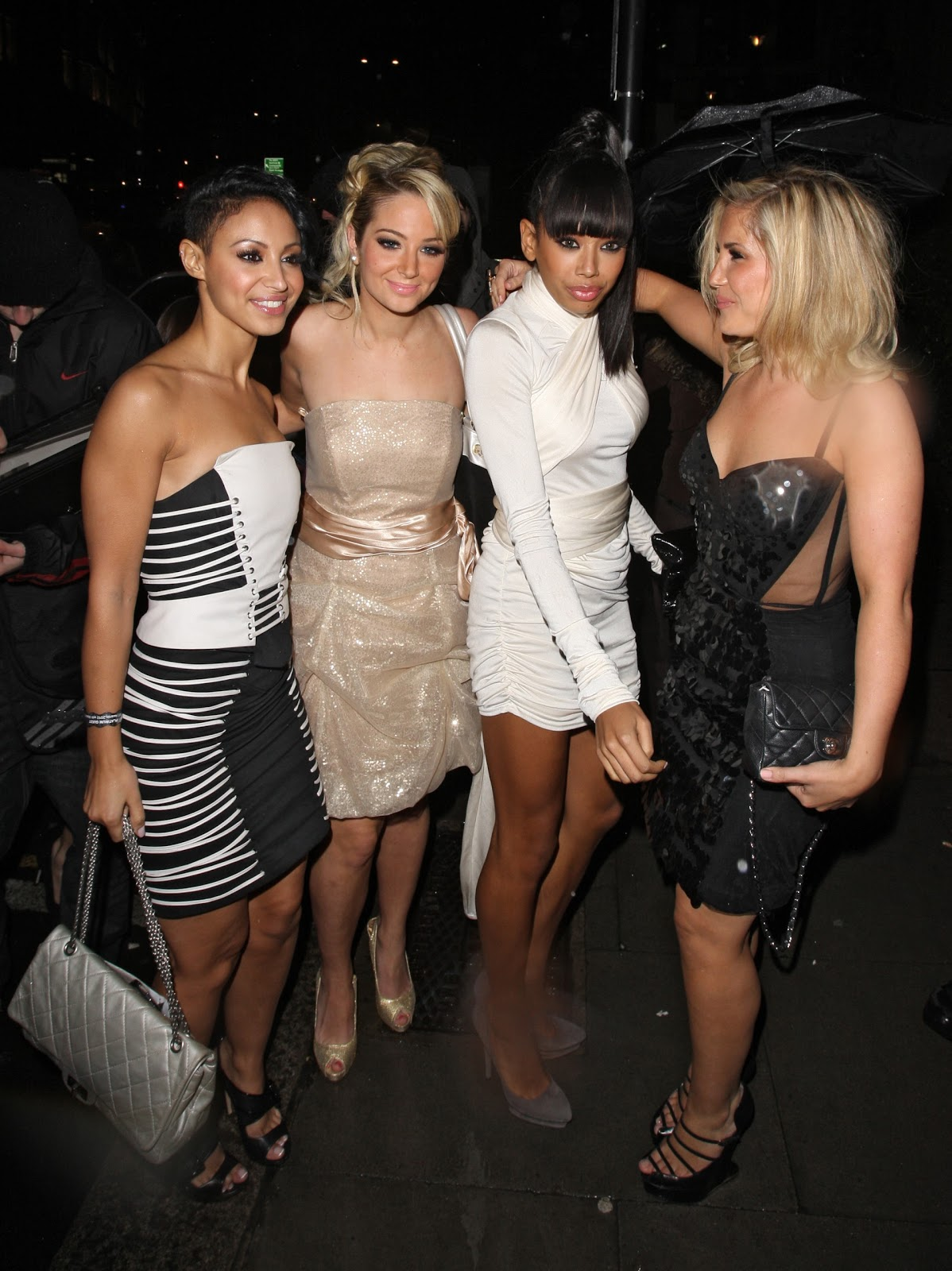 http://3.bp.blogspot.com/_NyZri5bmul4/TSzB8qtsqwI/AAAAAAAAFOg/7fUjxxQ5c6M/s1600/22931_Sugababes_-_Brits_Universal_After-Party__16th_Feb_2010_122_185lo.jpg
