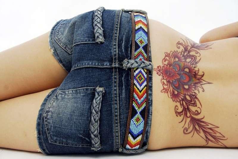 Красивые фото тату на пояснице для девушек - тату на пояснице картинки