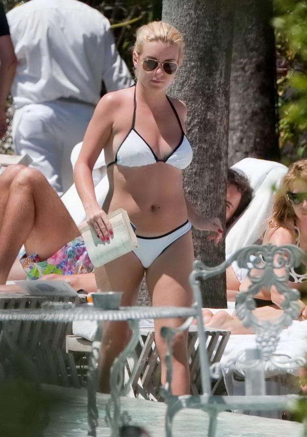 Sexy Blonde Sheridan Smith in White Bikini Candid at Pool