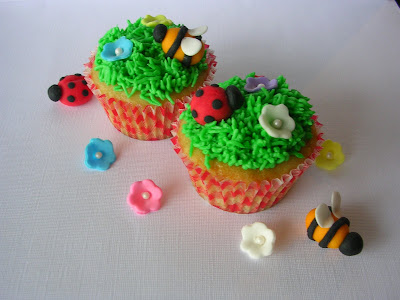 Ladybug and bee fondant