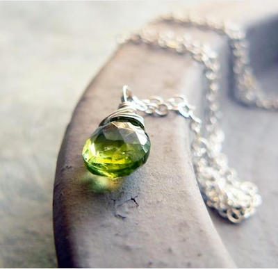 tiny peridot drop necklace
