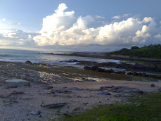 pantai karang taraje