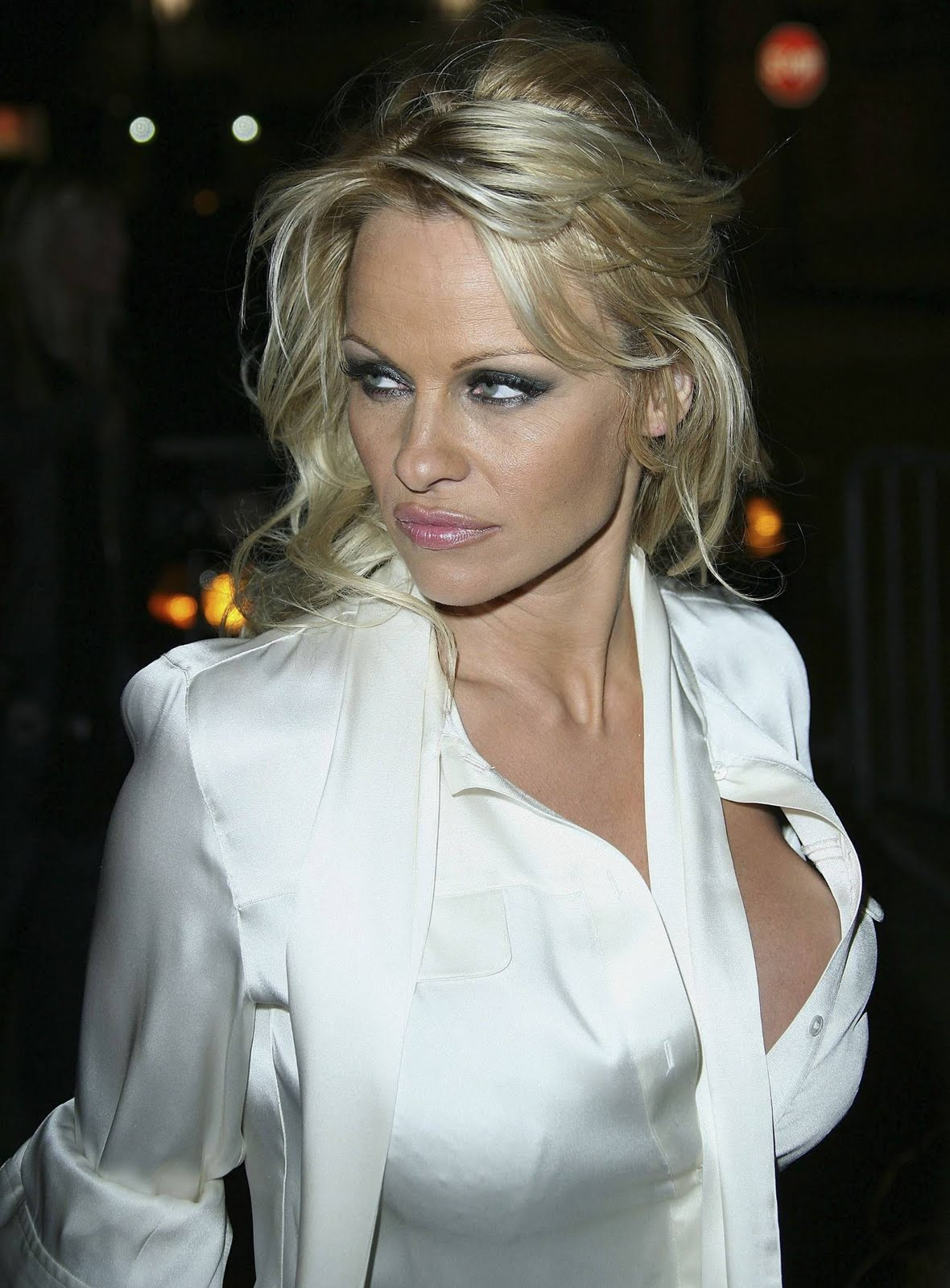 Картинки блузка белая