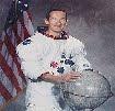 Biografía de Charles M. Duke [Astronauta - Espacio - NASA]