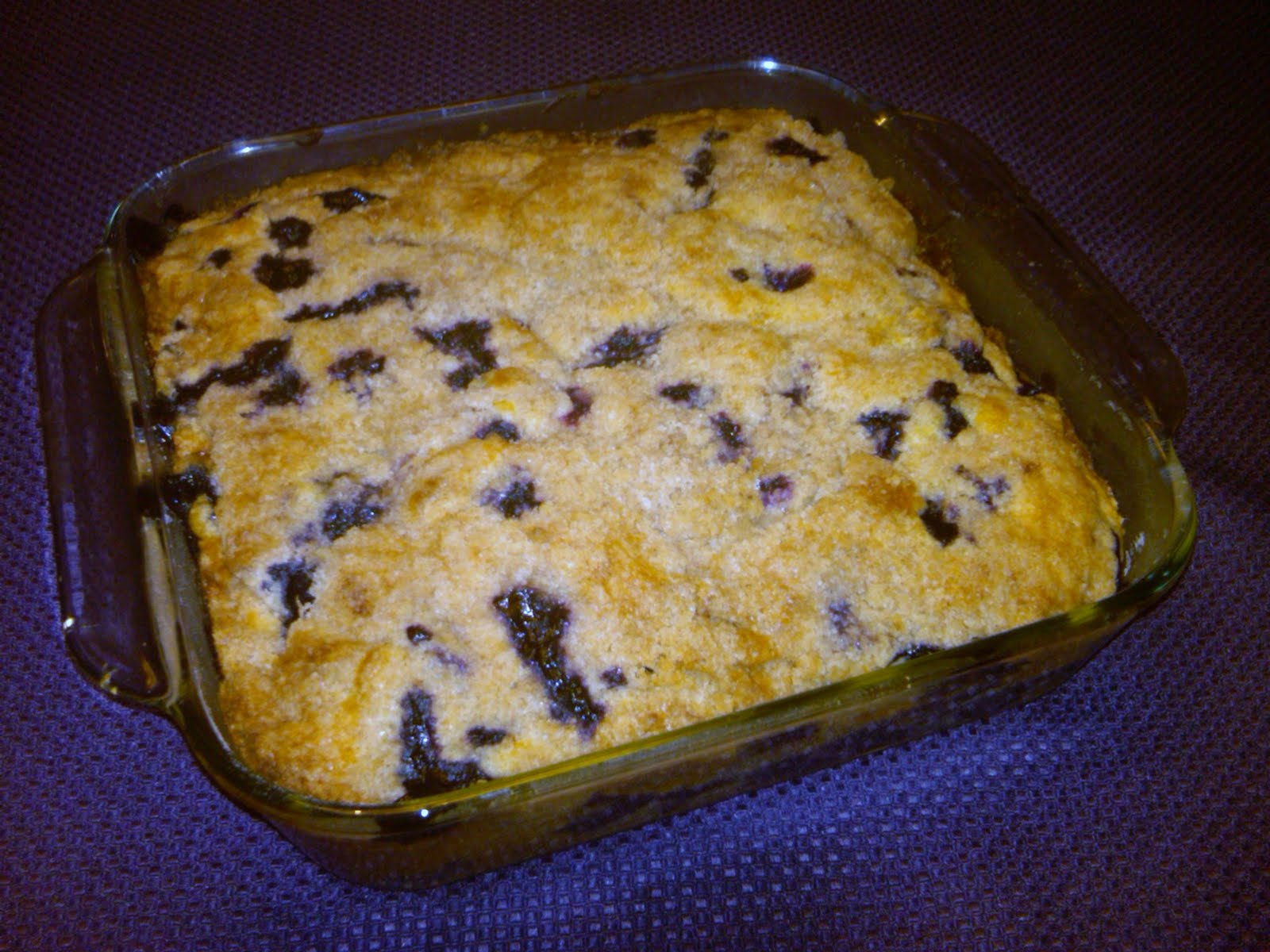 Jersey Girl in the Kitchen: Aunt Dolly's Blueberry Tea Cake