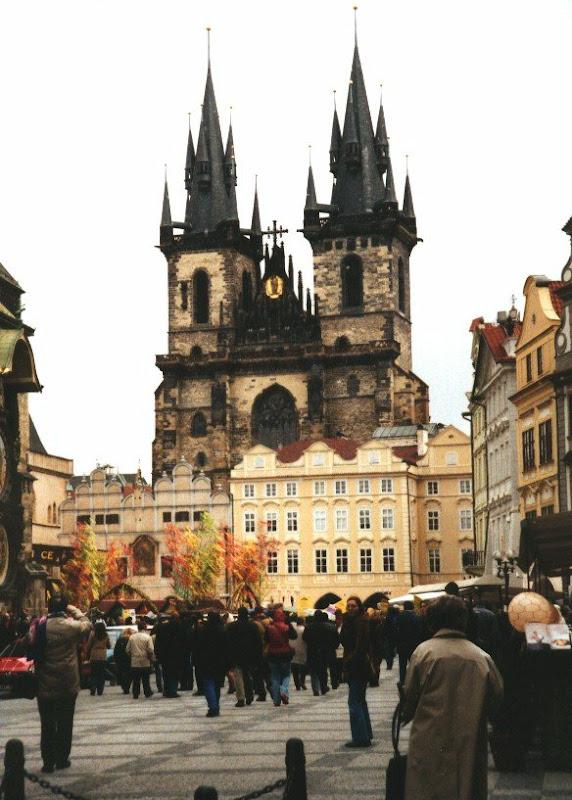 Prag Hakkında Bilgiler - Nasıl Gidilir? Nerede Kalınır? Ne Yenir? Ne yapılır?