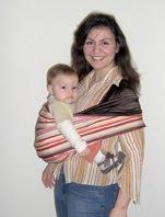 Άνεση, ταχύτητα και ευκολία σε pouch για μωράκια που στηρίζουν το κεφάλι τους