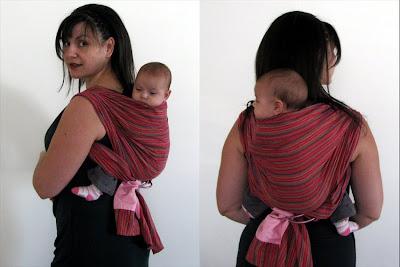 Μικρό μωρό στην πλάτη με μάρσιπο sling