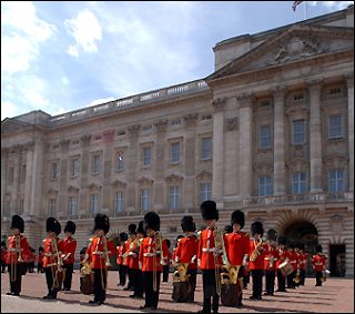 CAMBIO DE GUARDIA BUCKINGHAM PALACE