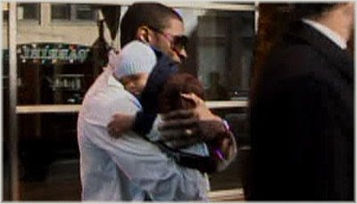 usher+and+baby Usher Steps Out With Son For The First Time