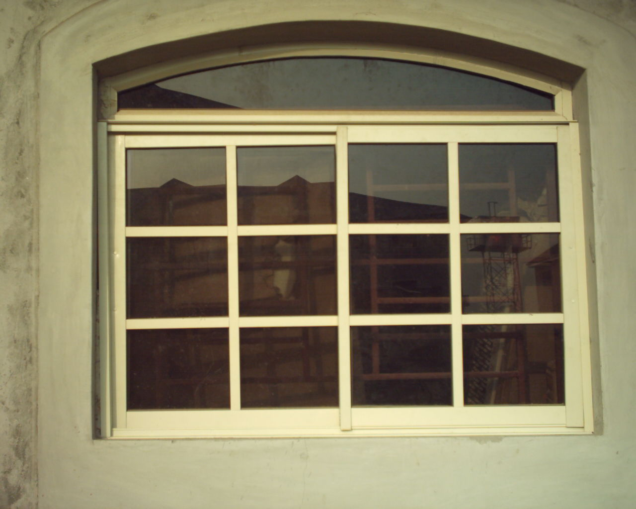 Aluminium windows and doors aluminum doors and windows for Aluminium glass windows and doors
