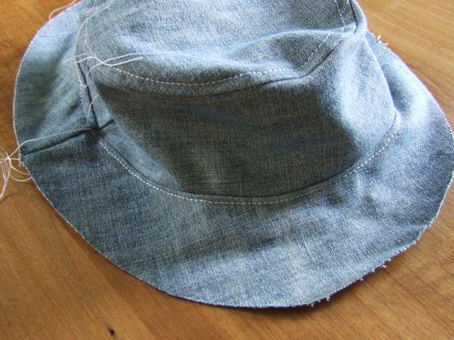 Сшить шляпку из старых джинсов 20