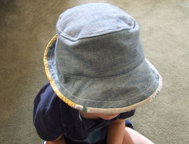 Как сшить шляпу из старых джинсов 10