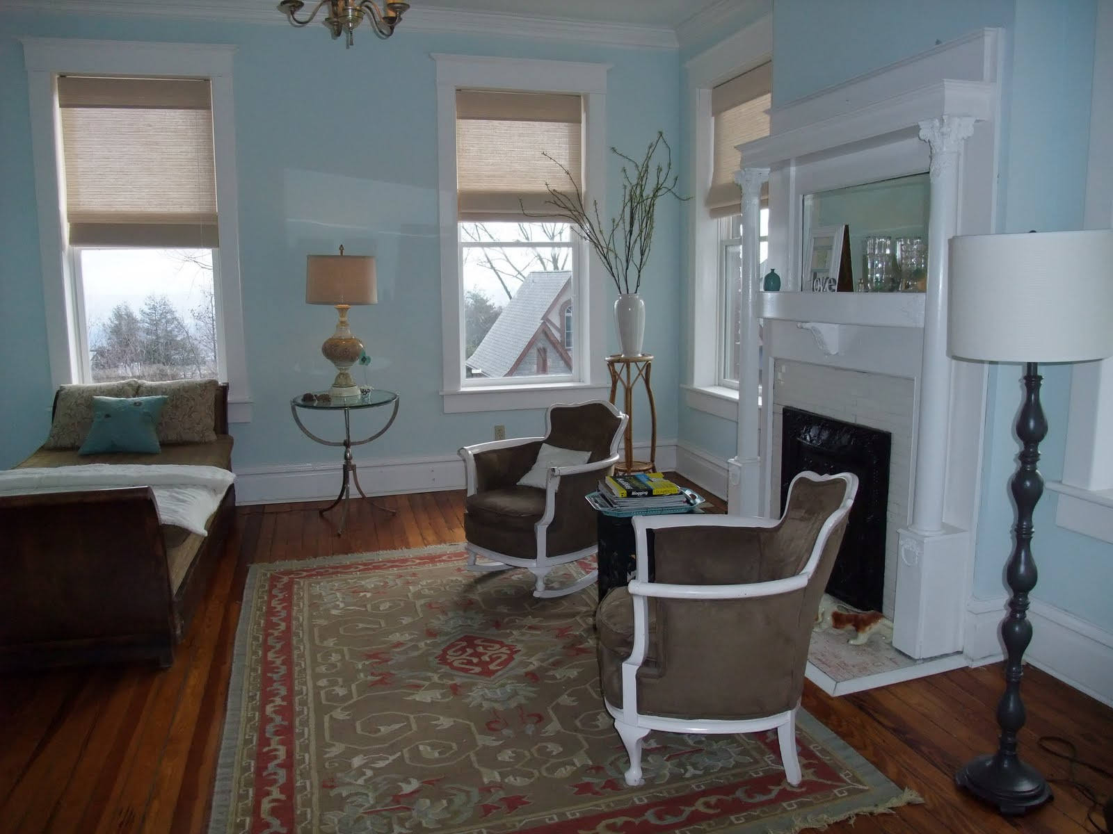 moore chat sites Find color and color combinations with the benjamin moore color tool.