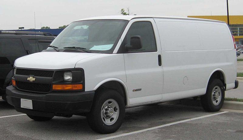 Chevrolet Express Van. Publicado por Albert en 23:41