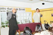 """Con """"El Maestro Sugi""""  (nuestro guía espiritual) en 1er Encuentro Austral de Bonsai"""