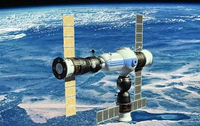 rancangan-hotel-luar-angkasa-rusia-01.jpg