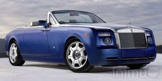 rolls-royce-phantom-drophead-coupe.jpg