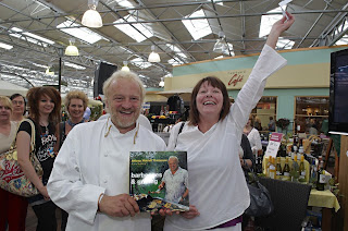 Stunning Simon Cook Photography Antony Worral Thompson At Woodlands With Fair Large Crowds Greeted Antony Worrall Thompson The Famous Tv Chef At Woodlands  Garden Centre Nr Hinckley Last Month Not Only Was He Showing His Culinary   With Alluring Where Is Beechgrove Garden Also Unique Garden Benches In Addition Langlands Garden Centre And Garden City Hoyts Perth As Well As Garden City Motel Christchurch Additionally Hilton Garden Inn Rome From Simoncookphotographyblogspotcom With   Fair Simon Cook Photography Antony Worral Thompson At Woodlands With Alluring Large Crowds Greeted Antony Worrall Thompson The Famous Tv Chef At Woodlands  Garden Centre Nr Hinckley Last Month Not Only Was He Showing His Culinary   And Stunning Where Is Beechgrove Garden Also Unique Garden Benches In Addition Langlands Garden Centre From Simoncookphotographyblogspotcom
