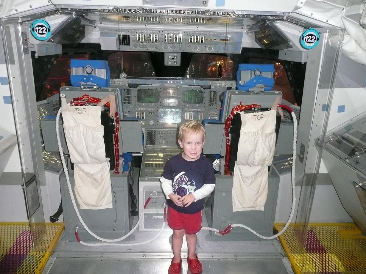 inside space shuttle blew up pictures - photo #11